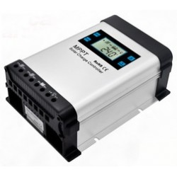Controlador de carga MPPT 12/24V - 80A y proteccion IP20